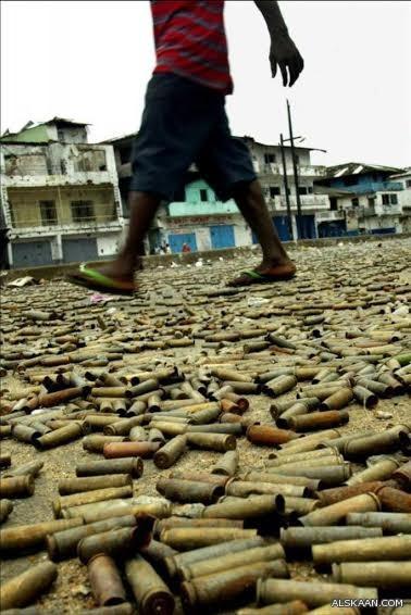 شاهد.. الصورة الأكثر شهرة عالمياً عن أحداث اليمن